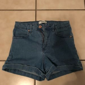 Size 24 forever 21 shorts